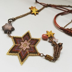 Colgante estrella (Nata R.) Tags: stella square star charm squareformat collar miyuki estrella etoile lark colgante delicas iphoneography instagramapp sauroir