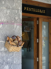 Errenteria (Espagne) (Thethe35400) Tags: bread pain pan pane po boulangerie cesta panier