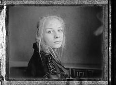 the stars are never sleeping (Thomas Remme) Tags: film girl analog polaroidsx70 filmisnotdead negativscan fujifp3000b canoscan8800f polaroidautomatic340