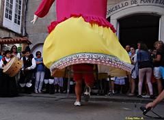Pontedeume, Galicia, Espaa (Caty V. mazarias antoranz) Tags: espaa spain europa galicia reflejos pontedeume espaoles genteenlacalle pueblosdeespaa festadasperas mmaros ilovegalicia rosdeespaa pueblosdegalicia peopleinspain losmmaros seeningalicia