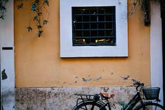 Roman Facade (DIAM89) Tags: travel italy rome roma green italia fuji fujifilm travelphotography ital vsco travelgram vscofilm fujixpro1 fuji35mmf14