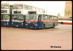 CR 1058 (Vinyl 1979) Tags: volvo westmidlandstravel wolverhampton mcw 1058 2061 3110 wmt mcwmetrobus volvob10m wolverhamptonbusstation c58hom g110fjw bok61v