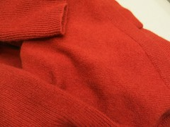 Friday Colours - Soft Wool (Pushapoze - mostly off) Tags: red texture rouge soft doux morbido cachemire