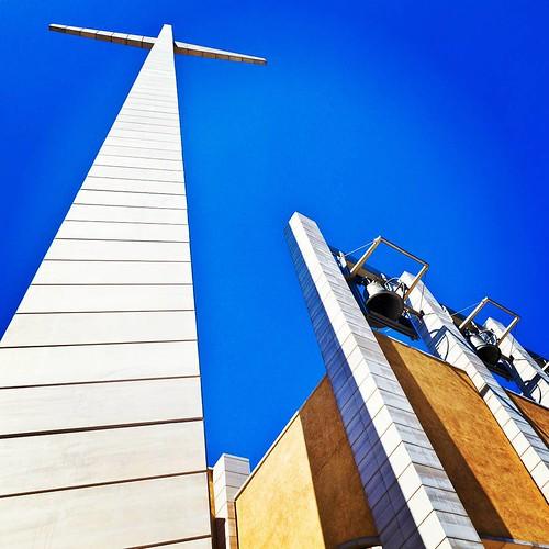 La #Croce di #RenzoPiano nella #chiesa nuova di #PadrePio a #SanGiovanniRotondo