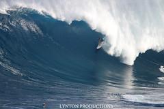 IMG_8296 copy (Aaron Lynton) Tags: canon waves sigma surfing jaws xxl peahi bigwave wsl lyntonproductions