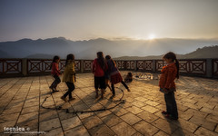 Modest Fun (t3cnica) Tags: travel sunset mist mountain nature fog children landscapes intense outdoor warmth tranquility vietnam valley greenery sunburst layers himalaya miao tranquil sapa hmong mountainrange sunstar travelphotography fansipan honglinson
