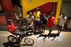 (Kals Pics) Tags: life people india house art home bicycle fun happy play funtime happiness streetlife games playtime chennai lightandshadow tamilnadu kolam roi cwc lightandlife triplicane royapettah singarachennai rootsofindia kalspics chennaiweelendclickers fabulouschennai