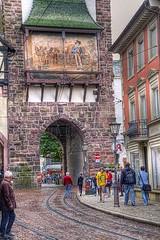 Friburgo, la vieja puerta de  Suabia. (JuanmaMateos) Tags: alemania friburgo photomatix ecologica pseudohdr juanmamateos