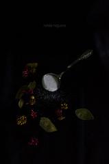 Clave baja 2 (natnoba) Tags: flowers flores key low spoon sugar baja fiori sucre azcar zucchero cuchara clave chucchiaio