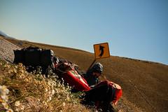 Ruta 40 (julietacarrillo8) Tags: viaje ruta viento sur asfalto vacaciones amistad mochileros doblar