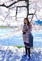 嵐山.. (CasaDeAM) Tags: portrait sunny rain pink white blue japan rivers flowers sakura women lannscape girls 日本