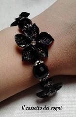 parure fiori neri4 (Il cassetto dei sogni) Tags: fiori collana bracciale orecchini artigianale parure pastadimais