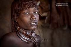 Hamar woman - Femme Hamar (Patricia Ondina) Tags: africa portrait canon african tribal omovalley anthropologie ethiopia tribe ethnic torque anthropology hamar hamer adornment afrique hammar ethnology tribu omo eastafrica thiopien etiopia travelphotography ethiopie ethnologie tribale parure ethnie omoriver africanculture omopeople ethnicpeople africantribe afriquedelest photosdevoyage africanrift valledelomo riftafricain peuplesdelomo rivireomo