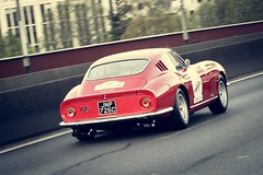 Ferrari 275 GTB 1965 (Tom BRETON) Tags: paris france classic race racecar canon vintage photography eos photo automobile italia rally picture ferrari racing historic collection coche usm oldcar 70200 italie motorsport gtb dpart ancienne lightroom 275 vigneting f4l sevres 600d tourauto optic2000 peterauto historicrally tourauto2016