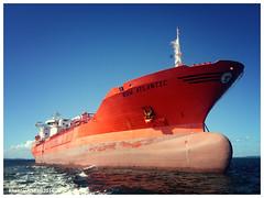Bow Atlantic (Rhannel Alaba) Tags: brazil atlantic anchorage bow salvador pido alaba odfjell rhannel iphone4s