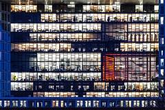 spieglein (bilderkombinat berlin) Tags: windows colors night buildings germany deutschland office europa nacht hamburg neonlights hafencity fassaden derspiegel citysights verlag 2016