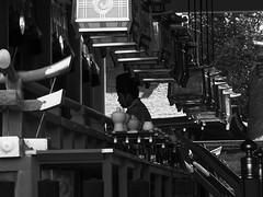 Shashin - DSCN3357 (Mathieu Perron) Tags: life city bridge people bw white black monochrome japan temple nikon kyoto shrine noir perron daily nb journey   mp blanc japon personne jinja ville fushimiinari gens vie mathieu tera   sjour   quotidienne       p520  zheld
