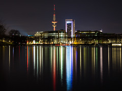 The Heinrich-Hertz-Turm from across the Auenalster, Hamburg. (G-WWBB) Tags: tower water night reflections germany waterfront hamburg fernsehturm radiotower televisiontower telemichel heinrichhertzturm ausenalster outeralsterlake alsterriver