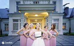 swietliste-fotografujemy-emocje-fotografia-slubna-wesele-Torun-Palac-Romantyczny-Turzno-panna-mloda-druhny