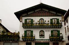 Hori hori (marinalanda) Tags: vera euskalherria basquecountry paisvasco bera bidasoa baroja