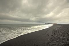 Reynisfjara (Kiddi Einars) Tags: sand blackbeach sandur reynisfjara reynisdrangar reynisfjall svartisandur