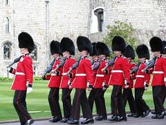 Guards_30-03-2016_I (HeyWayne) Tags: uk castle windsor guards berkshire eton lifeguards grenadierguards householdcavalry irishguards scotsguards coldstreamguards bluesandroyals welshguards guardmounting householdtroops