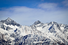 Unnamed Peaks (_Amritash_) Tags: travel winter snow mountains trek landscape himalayas mountainrange mountainscape snowcappedmountains snowcappedpeaks mountainpeak dhauladhar dhauladharrange greathimalayannationalpark unnamedpeaks ghnp travelinindianhimalayas