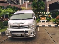 Toyota Hiace phin bn TRD ! (toyotabenthanhonline) Tags: ben toyota thanh xe trong gi khu nc tphcm nhp