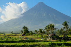Home below the volcano. Mt Mayon (Laura Jacobsen) Tags: volcano philippines mayon bicol luzon mtmayon legaspi legazpi bicolandia mayonvolcano