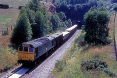 British Rail 25306 on Churnet Valley Line (dgh2222) Tags: sand railway tunnel class 25 valley freight sulzer knotty cheddleton 25306 churnet oakamoor