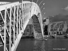 Hoge Brug 23-4-16 (kees.stoof) Tags: amsterdam brug havens oost spoorwegbassin oostelijkhavengebied hogebrug stuurmankade panamakade havensoost