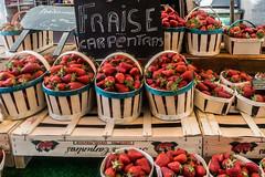 20160415 Provence, France 02288 (R H Kamen) Tags: food france retail fruit strawberries abundance pricetag marketstall vaucluse foodmarket carpentras plentiful provencealpesctedazur westernscript rhkamen