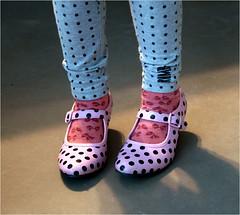 dots........... (atsjebosma) Tags: light licht shoes thenetherlands granddaughter spanish colourful groningen dots schoenen kleurrijk kleindochter spaans almost4 stippen coth atsjebosma