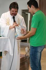 07_fev 2016 BatizadoLvia (76) (Julio Fernandes de Almeida) Tags: sofia ivan batizado henrique parquia zenaide socristvo lvia batismo calau tathiane