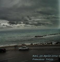 Maledetta Primavera (francescotrizio1) Tags: panorama mare lungomare bari onde nubi