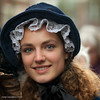 Girl with the green eyes (Streetphotography by Joost Smulders) Tags: woman holland color girl beautiful hat eyes lace young nederland streetphotography greeneyes mooi ogen dickens portret vrouw deventer jong kant mensen kleur dickensfestijn hoed straatfotografie stralend groeneogen