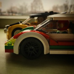 Rally vs Sportscar (Spongeinside) Tags: lego airborn sportscar rallycar expedite octan 60113 60053