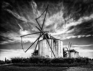 Moinhos de Santana - Santana Windmills (b/w)