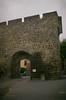À Pontgibaud (Graphisme, Photo, et autres !) Tags: france castle church nature voigtlander medieval château eglise auvergne colorskopar ultron orcival 40mmf14 pontgibaud voigtlanderr3m