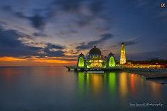 Sunset at Masjid Selat, Melaka (Nur Ismail Photography) Tags: nightphotography decorations evening minaret muslim prayer mosque dome hdr islamic placeofworship nurismailphotography nurismailmohammed nurismail frozenlite