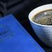 Svart kaffe och poesi.