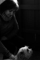 Ana y Cuca (Adisla) Tags: sigma bn perro 55mm m42 mf f2 manual helios 442 sd15