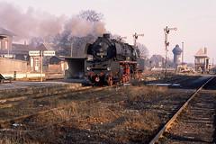 DR 50 3606 Blumenberg (DDR) 17 februari 1988 by Superbock. - Op 17 februari 1988 wacht DR 50 3606 van Bw Oschersleben op veilig om naar Dodendorf te vertrekken.