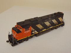 GMD GP38-2W CN #4789 (Larry the Lens) Tags: cn zebra genesis cnr gmd gp38 athearn widecab