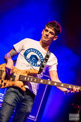 One Shot (Christophe Losberger (sitatof)) Tags: musician music france annecy rock photo concert bass live group band blues instrument bassguitar fr groupe musique bluesmusic oneshot basse hautesavoie musicien bassiste bluesrock christophelosberger sitatof