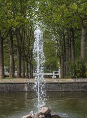 Wasserspiel im Schlosspark Ballenstedt (_Brandenburger) Tags: schlosspark harz fontne wasserspiel ballenstedt schlossensemble
