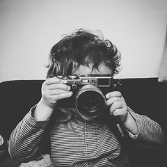 Young photographer (Mathieu Calvet) Tags: moon square fuji child samsung mini nb galaxy squareformat enfant s4 carr x100 iphoneography instagramapp uploaded:by=instagram