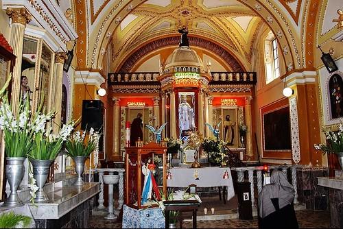 Altar Mayor, Templo de San Pedro Yancuitlalpan, Sn. Nicolás de los Ranchos, Pue.