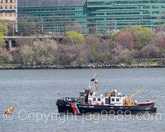HAWSER U.S. Coast Guard Cutter 65610 on the Hudson River, New York City (jag9889) Tags: nyc newyorkcity coastguard usa ny newyork water river boat newjersey ship unitedstates outdoor manhattan unitedstatesofamerica nj vessel hudsonriver dhs cutter edgewater waterway gardenstate washingtonheights uscg wahi 2016 uscoastguard departmentofhomelandsecurity unitedstatescoastguard firstresponder bergencounty hawser 07020 zip07020 jag9889 20160421