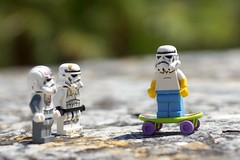 Fin de semana libre... (mike828 - Miguel Duran) Tags: zeiss toy star starwars dof lego sony carl wars slt juguete 1680mm a77v
